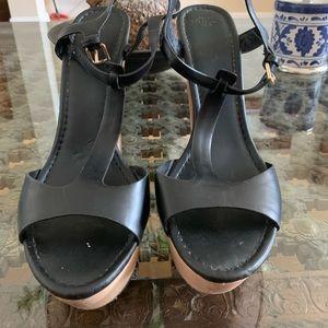 Zara Trafaluc women's shoes. 8.5 black per owned